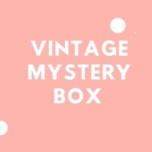 Vintage Mystery Box 8 items